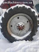 Продам задні шини з дисками в зборі 2 шт.