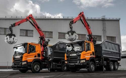 Scania представила новий метановий тягач-мультиліфт для перевезення металобрухту