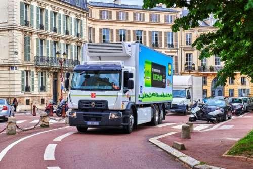 Renault представив нову електровантажівку